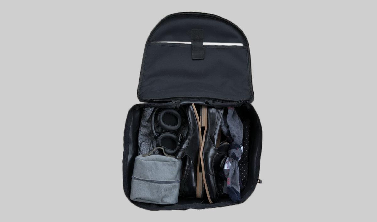 Model 3 luggage bag fits a lot of stuff